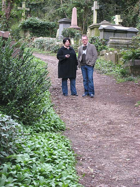Hol & I at the London cemetary
